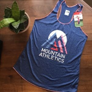 NWT The North Face Tank